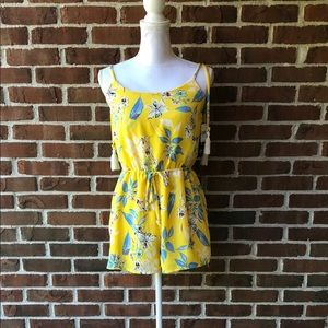 Yellow romper floral NWT sz Small Woman's Lined